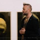 Eglės Vertelkaitės parodos MOIROS atidarymas. Parodos kuratorius Darius Vaičekauskas. Domo Rimeikos nuotr.