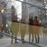 """Galerijos """"Meno parkas"""" kolektyvas Niujorke po mugės """"Volta NY"""" (2017). Airidos Rekštytės nuotr."""