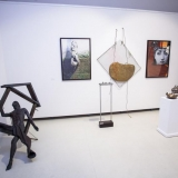 """5-osios respublikinės parodos """"Mažoji plastika"""" ekspozicijos fragmentas. Nerijaus Jankausko nuotr."""