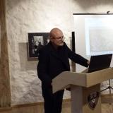 Seminaro, skirto Skulptūrų parko 40-mečiui, akimirka. Pranešimą skaito dizaineris Kęstutis Mickevičius. MLIM archyvo nuotr.