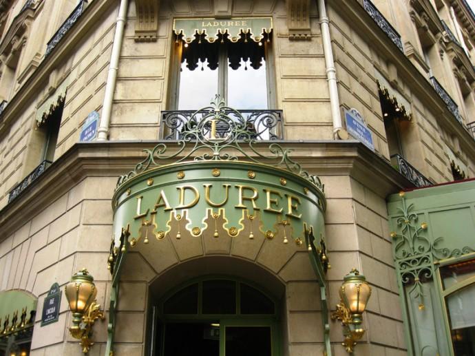 """""""Ladurée Royale"""" kepyklėlė"""