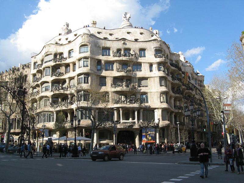 Antonio Gaudžio projektuota Casa Mila Barselonoje. Šaltinis – wikimedia.org