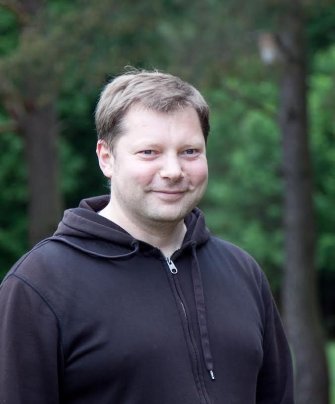 Šiuo metu rašymą ir posėdžius Lietuvių literatūros ir tautosakos institute Rimantas dažnai papildo pasivažinėjimais dviračiu po Vilniaus parkus ir apylinkų miškus bei propaguoja kitas aktyvaus laisvalaikio formas. Gyčio Skudžinsko nuotr.