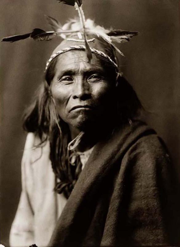 E_S_Curtis_Apache_Man_1906