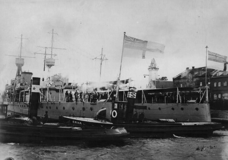 Didziosios_Britanijos_karo_laivai_Klaipedos_uoste