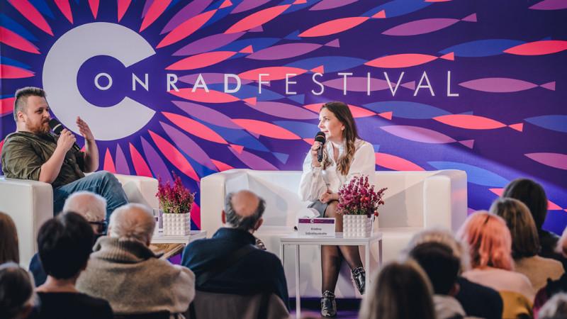 Kristina_Sabaliauskaite_festivalyje