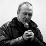 Jono Meko fotografijų parodą pristato fotomenininkas Arūnas Kulikauskas. Virgilijaus Skuodo nuotr.