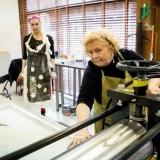 """KKKC meno rezidentūros projekto """"Istorija ateičiai"""" kūrybinių dirbtuvių dalyvė Marija Kliukienė. Nerijaus Jankausko nuotr."""