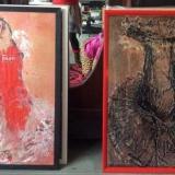 Jūratės Rekevičiūtės grafikos kūriniai – ant popieriaus atspaustos suknelės. Asmeninio archyvo nuotr.