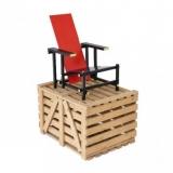 5-galerie-vivid_unused-red-blue-chair-by-gerrit-rietveld-in-1965