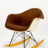 10-charles-and-ray-eames-rocking-chair
