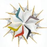 10-dsw-eames-plastic-side-chairj-vitra