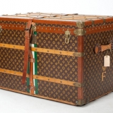 louis-vuitton-trunk