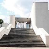 coolturistes_laiptais-aukstyn-arba-santuokos-internacionalas_upstairs-or