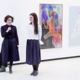 Iš kairės: LDS Klaipėdos skyriaus pirmininkė Neringa Poškutė ir parodos kuratorė Evelina Januškaitė-Krupavičė. Nerijaus Jankausko nuotr.