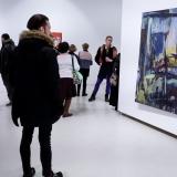 """Dešinėje: Virginijus Viningas, """"Interjeras"""", aliejus, drobė, 170x120 cm, 1997 m. Nerijaus Jankausko nuotr."""