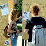 """Instaliacijos """"Wall / Siena"""" pristatymas visuomenei. Rūtos Petniūnaitės nuotr."""