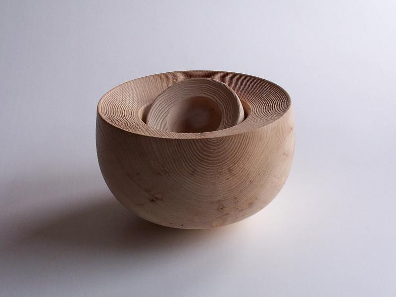 """Vienas iš parodos """"Materia Prima: peizažas ir dizainas""""  eksponatų"""