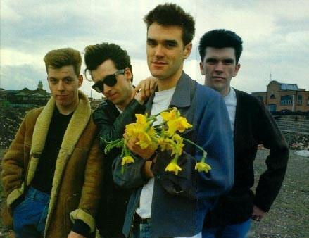 """The Smiths"". Centre – Morrissey. Nuotrauka iš blogs.houstonpress.com"