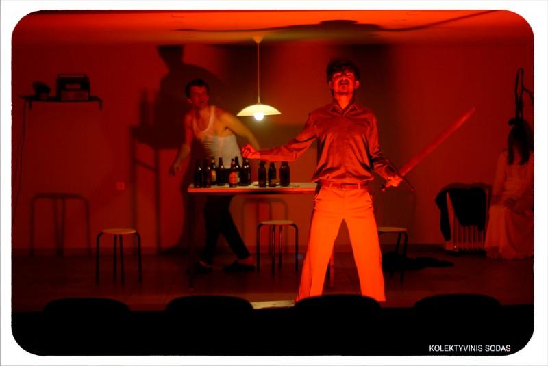 """Spektaklis """"Lietuviai"""" (rež. D. Savickis) įtrauktas į Klaipėdos dramos teatro repertuarą."""