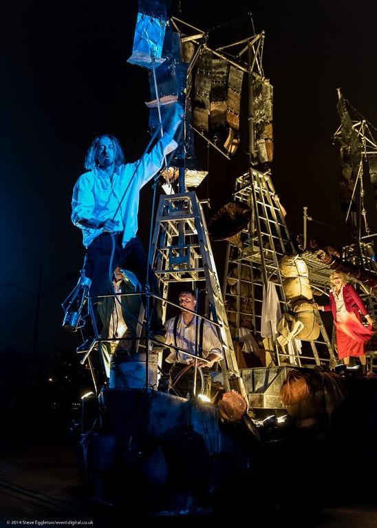 """""""Teatr Osmego Dnia"""" spektaklis """"Laivas"""""""