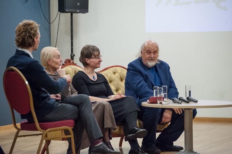 Kelione_i_Tilze_dialogas_Olesios_Kasabovos_foto1
