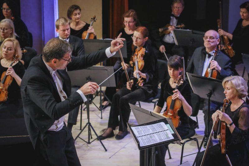 Lietuvos nacionalinis simfoninis orkestras, diriguojamas Modesto Pitrėno. Vytauto Petriko nuotr.
