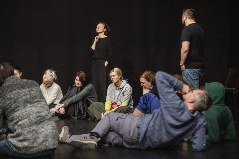 Spektaklio apie M. Merisi da Caravaggio repeticijos su režisiere A. Duda-Gracz akimirka. Kemel photography nuotr.