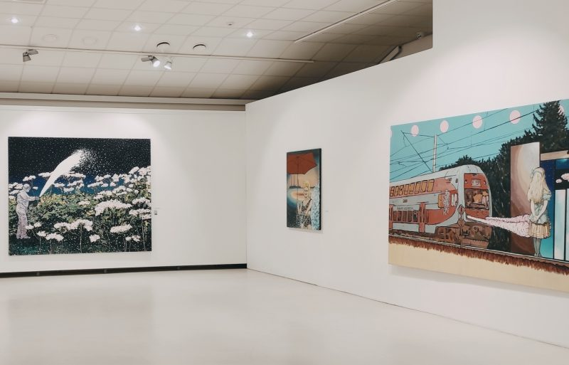 """Jolantos Kyzikaitės parodos """"Maskaradas"""" ekspozicijos fragmentas. Rūtos Petniūnaitės nuotr."""