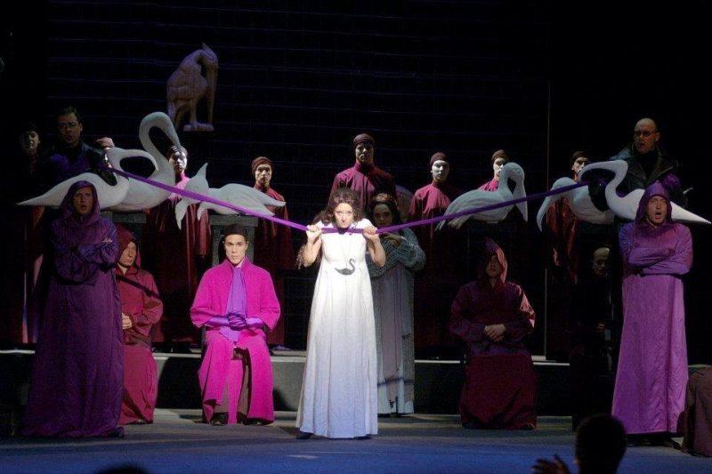 """Rita Petrauskaitė – Esmeralda operoje """"Paryžiaus katedra"""". KVMT archyvo nuotr."""