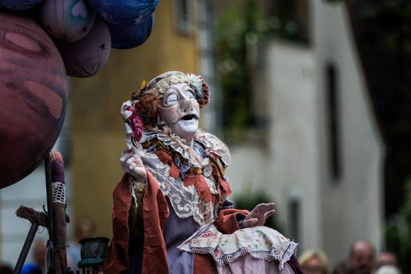 """""""Teatro SÓ"""" (Portugalija) spektaklis """"Sorriso"""" / """"Šypsena"""". Florian Gaertner nuotr."""